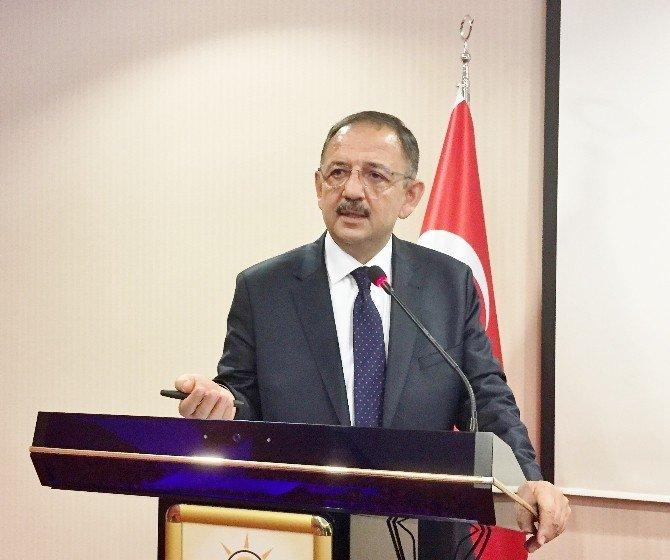 """Özhaseki: """"Bizim Belediyelerimiz Yapmak İçin; HDP'li Belediyeler İse Yıkmak İçin Çalışıyor"""""""
