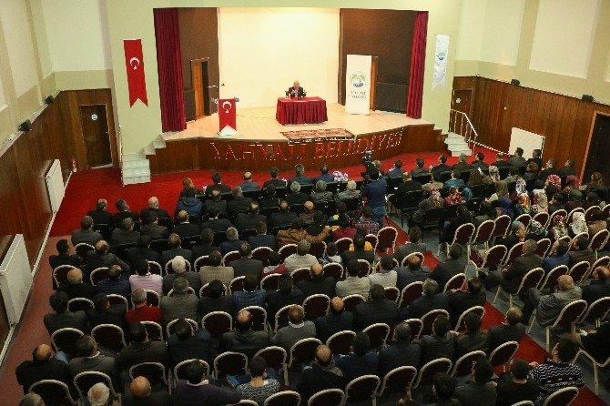 Ahmet Şimşirgil Yahyalı'da Konferans Verdi