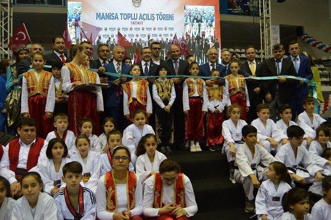 Bakan Ala, Manisa'da 2 Bin 500 Kişilik Spor Salonu Açılışını Yaptı