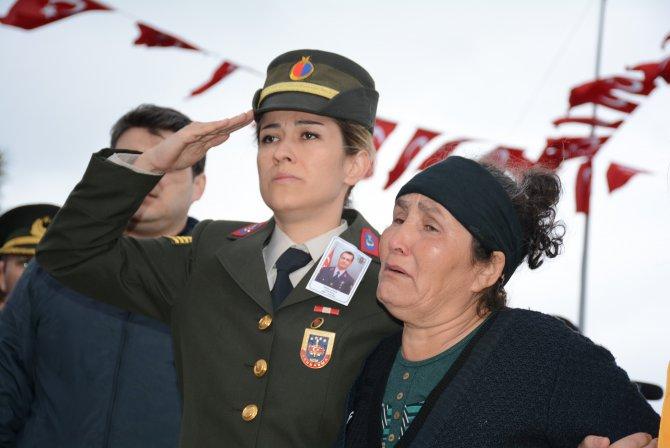 Balıkesirli şehit Astsubay Gökhan Bakır, askeri törenle uğurlandı