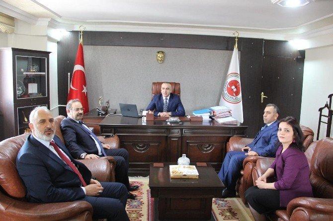Milletvekili Orhan Deligöz Oltu'da Muhtarlarla Bir Araya Geldi