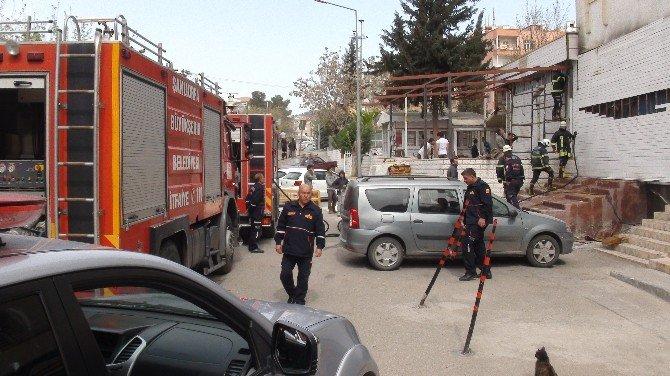 Şanlıurfa'da Bir İş Yerinde Çıkan Yangın Korkuttu