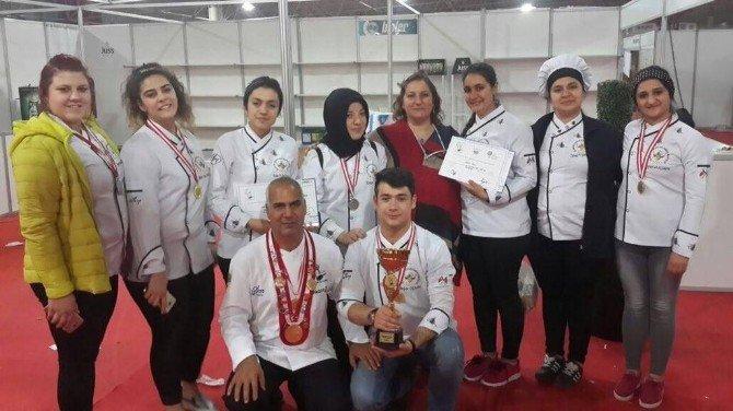 Şanlıurfa'daki Aşçılar Ödüle Doymuyor