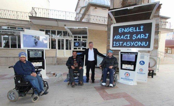 Saruhanlı Belediyesi Engelliler İçin Şarj İstasyonları Kuracak