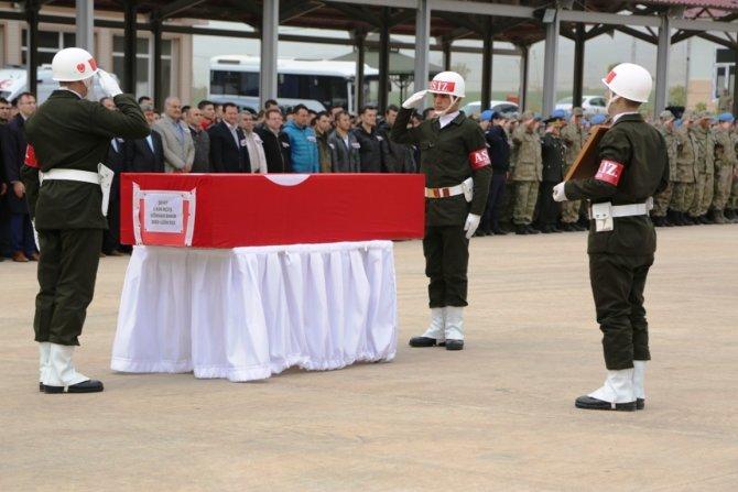 Nusaybin'de şehit olan askerler memleketlerine uğurlandı