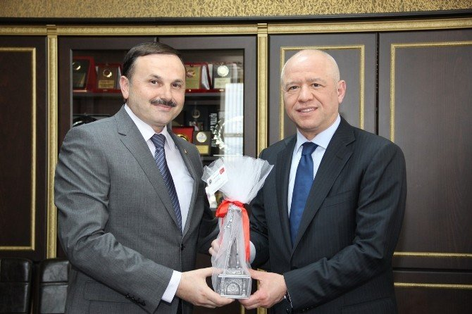 Koç Holding Ceo'sundan Soma Ziyareti