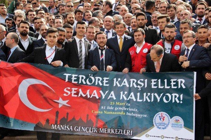 Davutoğlu'nun Manisa Ziyaretinde Bir Gözaltı