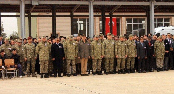 Genelkurmay Başkanı Akar, Mardin'de Şehitler İçin Düzenlenen Törene Katıldı