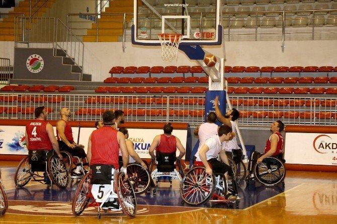 Türkiye Tekerlekli Sandalye Basketbol Milli Takımı, 'Olimpiyat Ve Paralimpik' Oyunlarına Antalya'da Hazırlanıyor