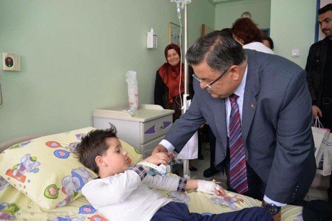 Belediye Başkanı Yağcı'dan Hastane Ziyareti