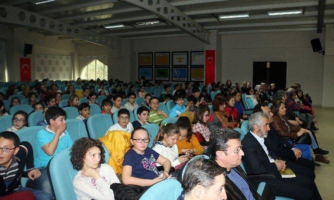 Afyon'da Ahmed Yesevi Konferansı