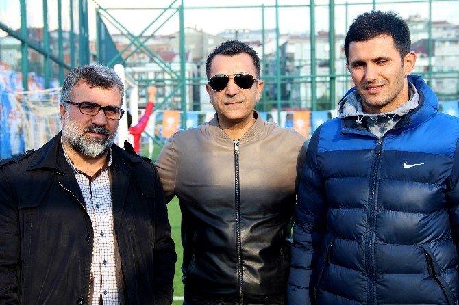 AK Parti'nin Geleneksel Futbol Turnuvası Başladı
