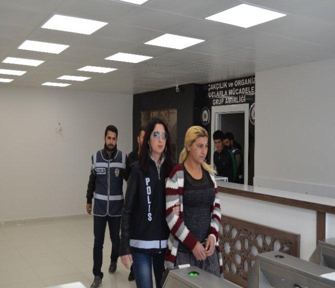 Manavgat'ta uyuşturucu madde ticareti yapan 3 kişi tutuklandı