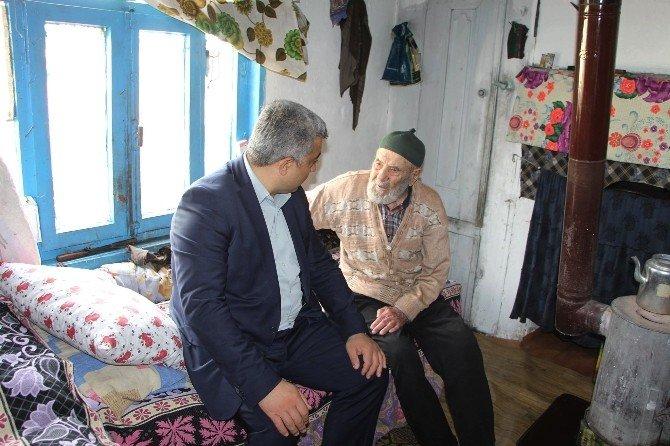 Başkan Çalışkan'dan Yaşlılara Anlamlı Ziyaret