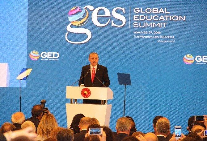 """Cumhurbaşkanı Erdoğan: """"Eğitim Sistemini Yeniden Ele Almalıyız"""""""