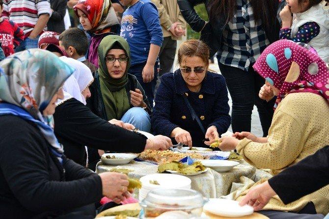 Erbaa'da Tokat Valisi Can'a Tescil Tepkisi
