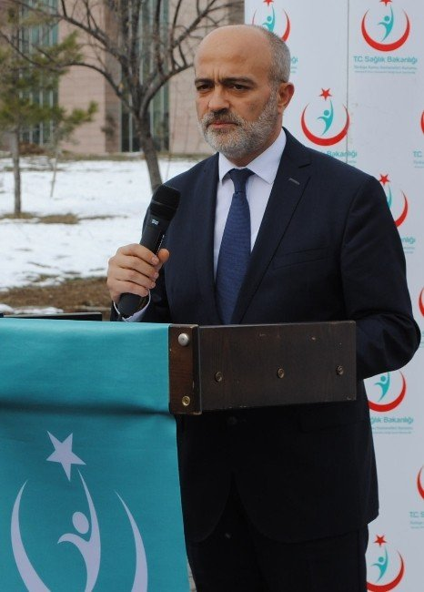 Amasya'daki Hastanelere Cihaz Desteği