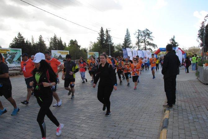 1. Manavgat Nashira Maratonu 259 sporcunun katılımıyla başladı