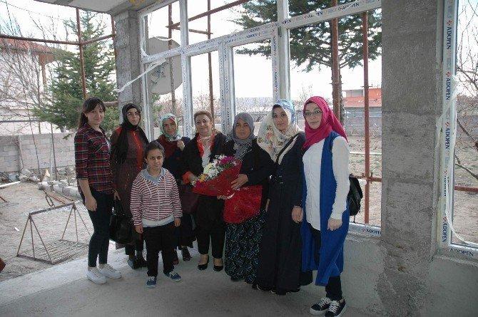 Kyk Nevşehir Yurt Müdürlüğü Şehit Ailelerini Ziyaret Etti
