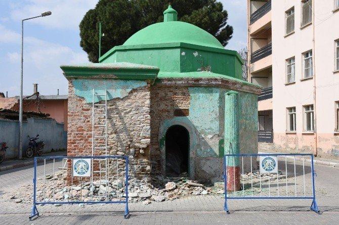 Nazilli Belediyesi, Yeşil Türbe'yi Restore Ediyor