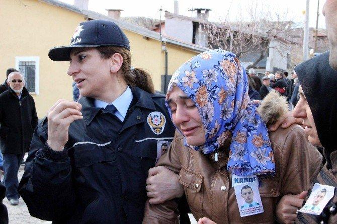 Yüksekova Şehidi Baba Ocağına Getirildi
