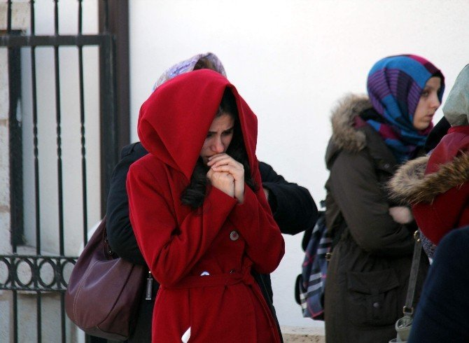 Kız Kardeşleri Ayıran Kazada Ölen Rümeysa, Son Yolculuğuna Uğurlandı