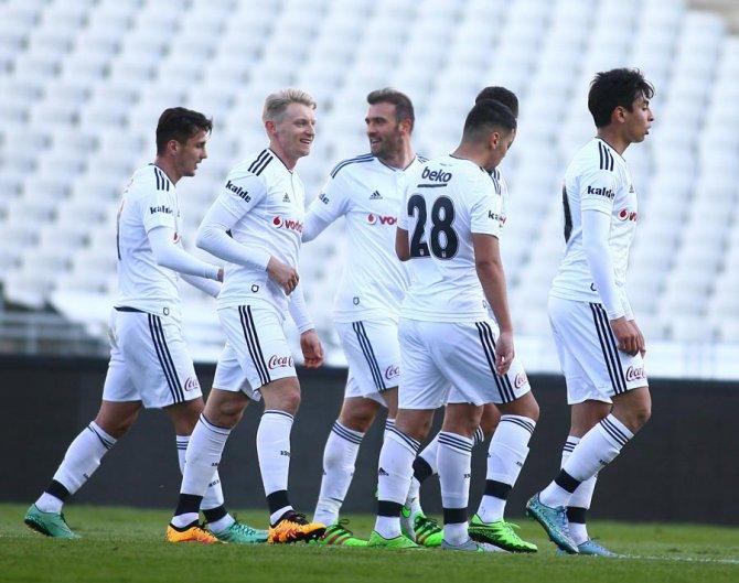 Beşiktaş: 3 - Çaykur Rizespor: 0