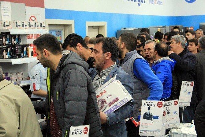Bimeks 141. Mağazasını Sivas'ta Açtı
