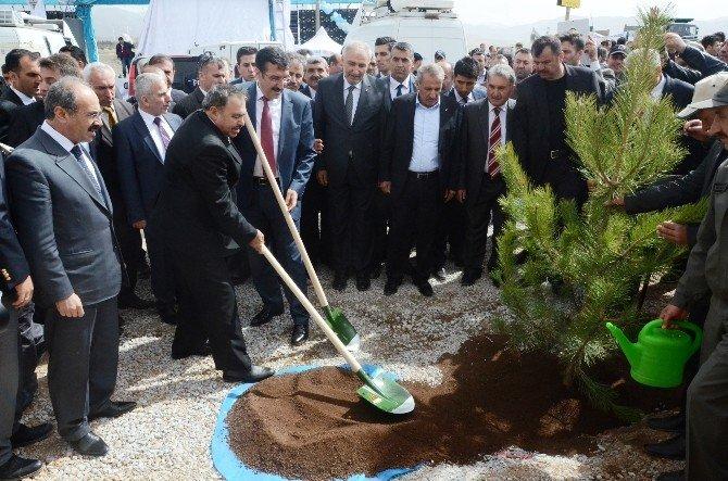 Malatya'da 17 Tesisin Açılış Ve Temel Atma Töreni Düzenlendi