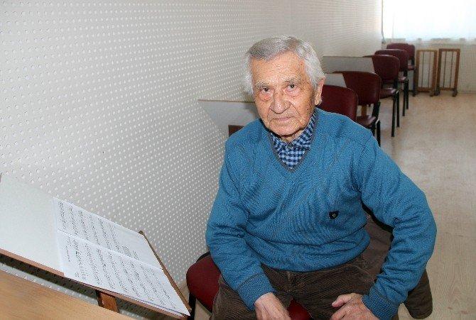 İhtiyar Delikanlıların Musiki Aşkı