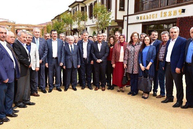 Bakan Bülent Tüfenkci Battalgazi Meclis Üyeleri İle Bir Araya Geldi