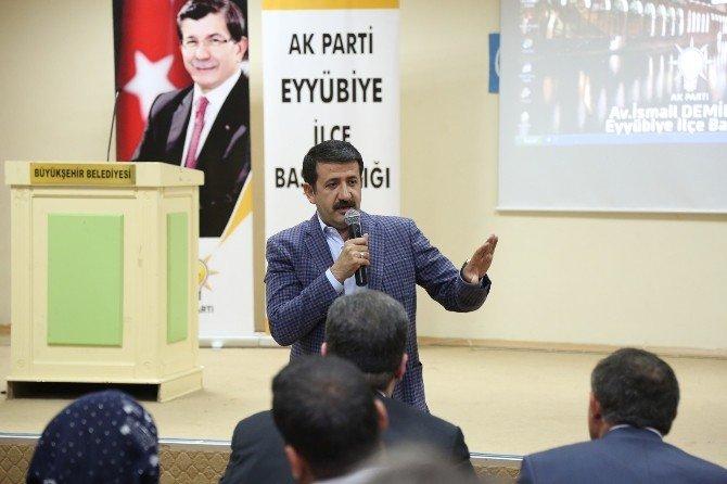 Başkan Ekinci, Dünyanın Türkiye'ye Bakış Açısını Anlattı