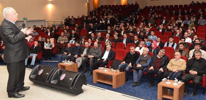 Büyükşehir'den Belediye Kanunu Eğitim Semineri