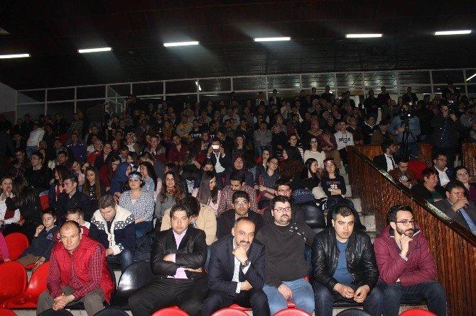 """Eskişehir Ülkü Ocaklarından """"Teröre Lanet Şehide Rahmet"""" Programı"""