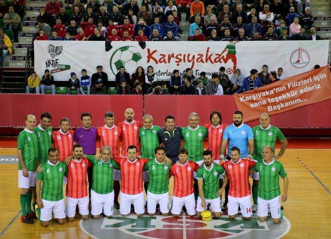 Futbolun yıldızları Karşıyaka'da