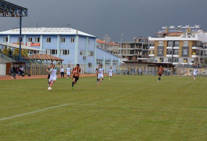 Korkutelispor, Finike Belediyespor'a 2-1 Yenildi