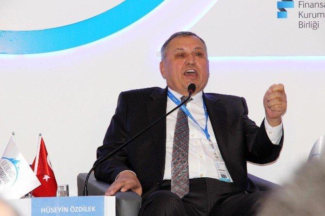 Sanko Onursal Başkanı Konukoğlu Uludağ Ekonomi Zirvesi'nde