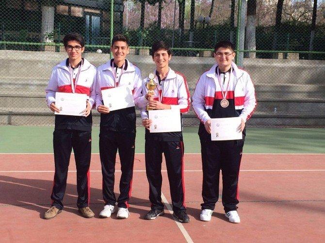 Özel Sanko Okullarının Kort Tenisi Başarısı