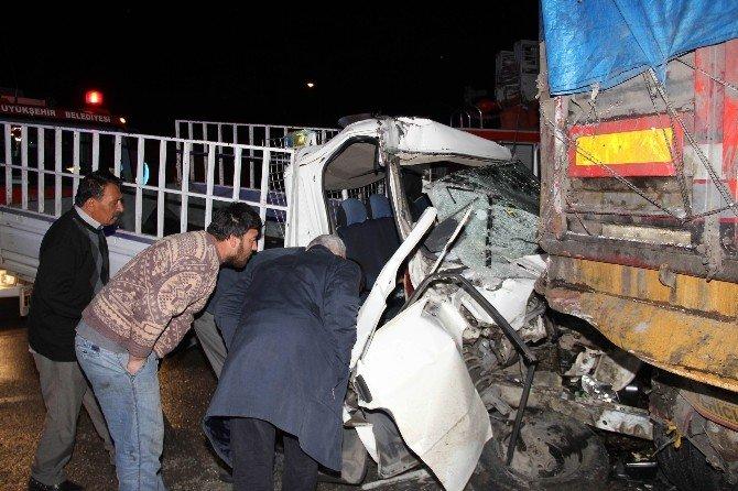 188 Promil Alkollü Sürücü Ölüme Sürdü: 1'i Bebek 2 Ölü, 5 Yaralı