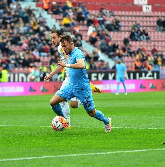 Trabzonspor, Samsunspor'a 3-2 Mağlup Oldu