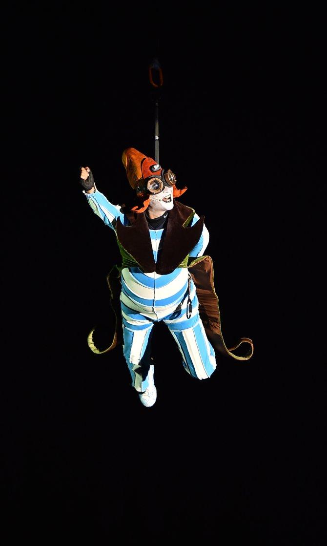 İzmir'de uluslararası tiyatro coşkusu