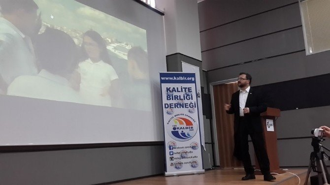 Bursa'da 'Bağımlılıklar' Konferansı