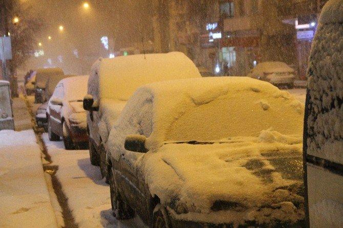 Ardahan'a Mart Ayında Kar Sürprizi