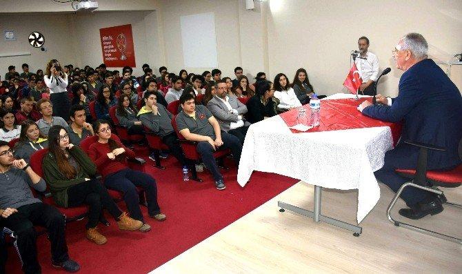Başkan Kale, Öğrencilerle Deneyimlerini Paylaştı