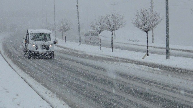 Bitlis'tde Kar Yağışı