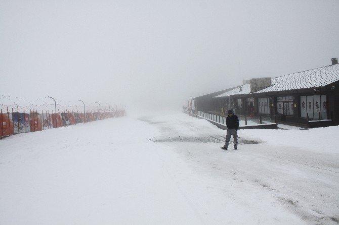 Erciyes'e Mart Ayında Kar Sürprizi