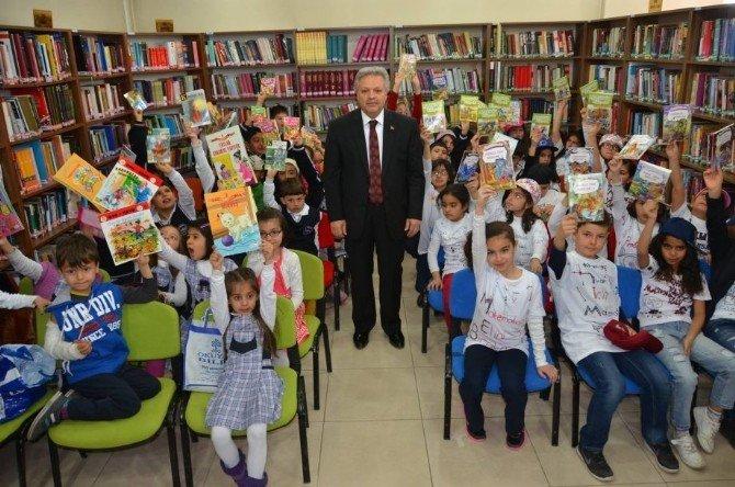 52. Kütüphane Haftası Kutlamaları Başladı