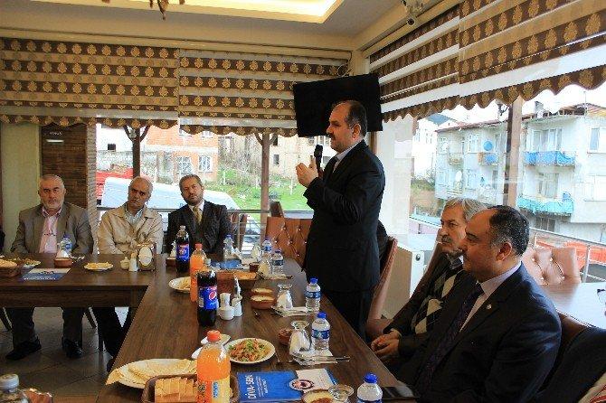 Osmaneli'de DİVA-SEN Üyeleri İstişare Yemeğinde Bir Araya Geldi