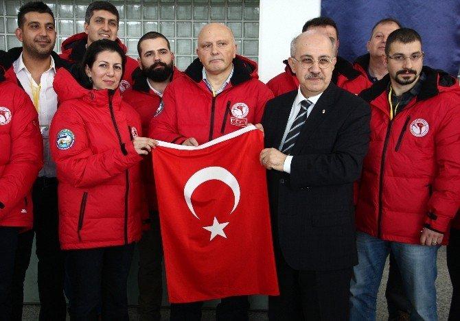 Türk Bilim İnsanlarından Antarktika Çıkarması