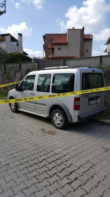 Araç İçerisinde 2 Ceset Bulundu